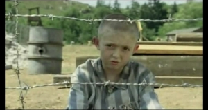 the-boy-in-the-striped-pajamas-trailer-2225